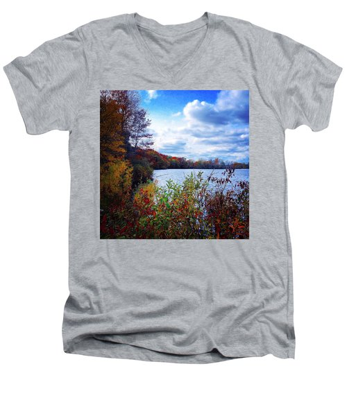 Conservation Park And Pine River In The Fall Men's V-Neck T-Shirt