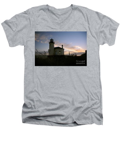 Coquille River Lighthouse At Sunset Men's V-Neck T-Shirt