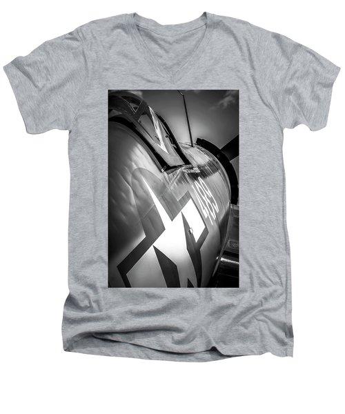 Corsair - Bw Series Men's V-Neck T-Shirt