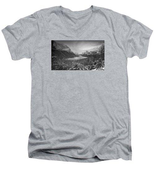 Cotton Candy Blankets Yosemite Men's V-Neck T-Shirt