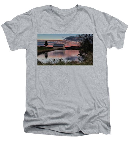 Country Living Sunset Men's V-Neck T-Shirt by Lara Ellis