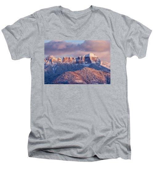 Court House Mountain Glow Men's V-Neck T-Shirt