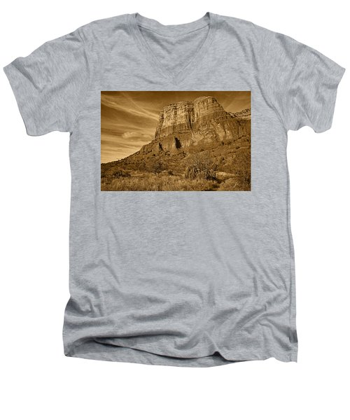 Courthouse Butte Tnt Men's V-Neck T-Shirt