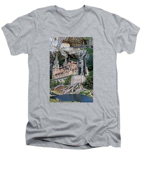 Men's V-Neck T-Shirt featuring the photograph Covadonga by Angel Jesus De la Fuente