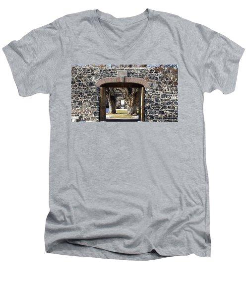 Cove Fort, Utah Men's V-Neck T-Shirt