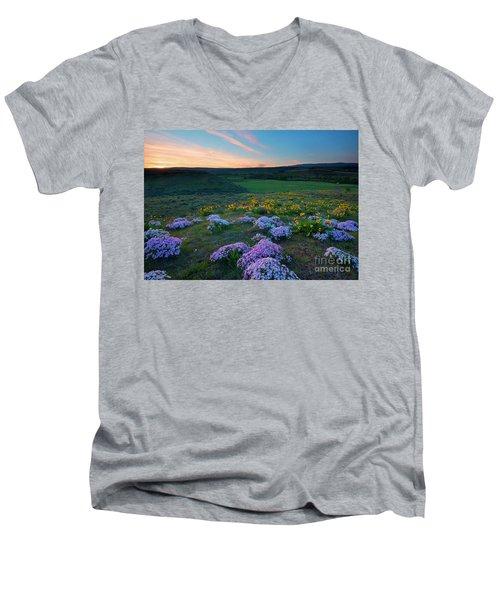Cowiche Sunset Men's V-Neck T-Shirt