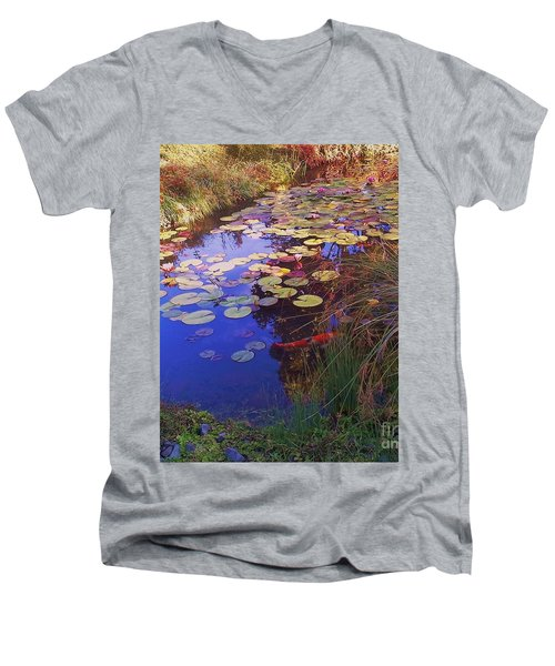 Coy Koi Men's V-Neck T-Shirt