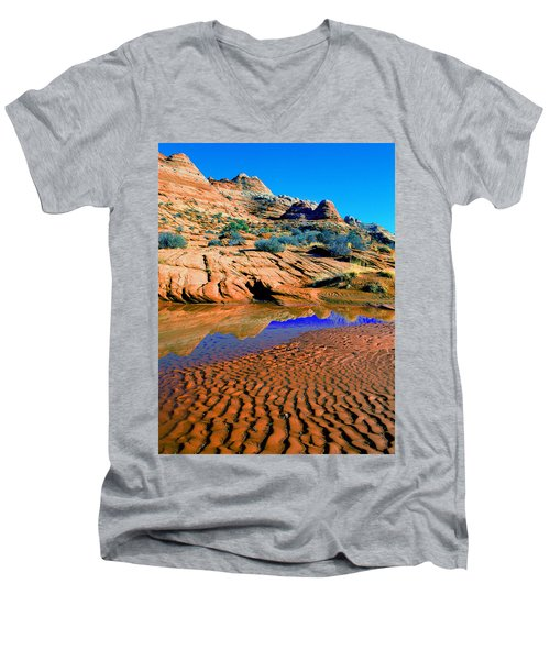 Coyote Buttes Reflection Men's V-Neck T-Shirt