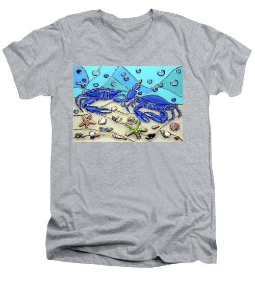 Crab Conversation Men's V-Neck T-Shirt