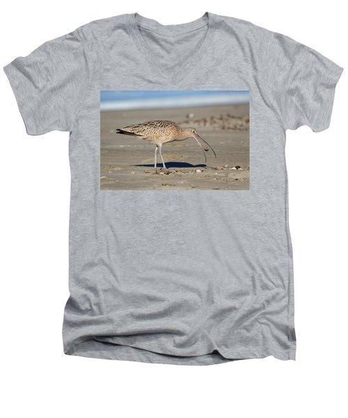 Crab Toss - Curlew Men's V-Neck T-Shirt