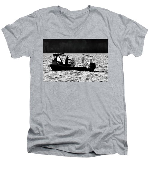Crabbing On The Pamlico Men's V-Neck T-Shirt