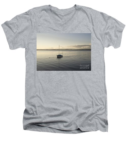 Cramond. Boat. Men's V-Neck T-Shirt