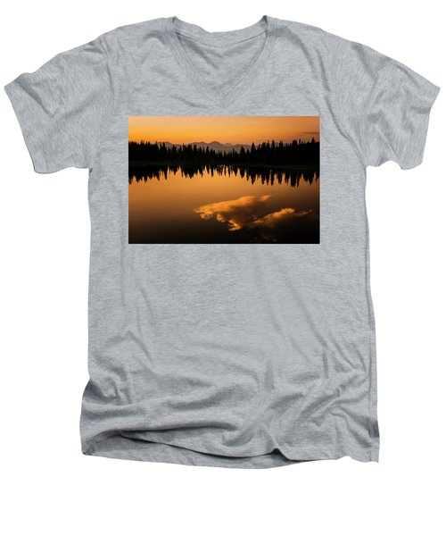 Crater Lake Sunset Men's V-Neck T-Shirt