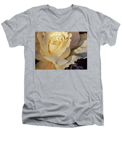 Creamy Rose Men's V-Neck T-Shirt
