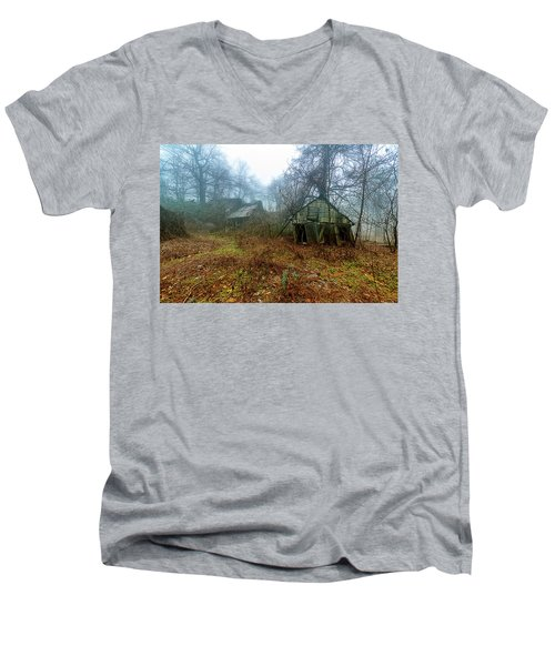 Creepy House Men's V-Neck T-Shirt