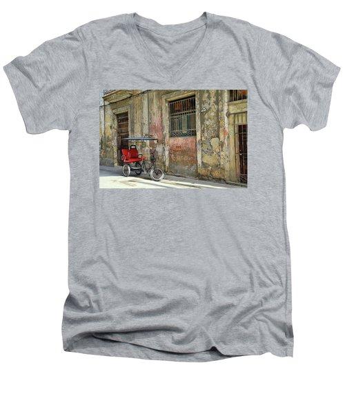 Cuban Uber Men's V-Neck T-Shirt