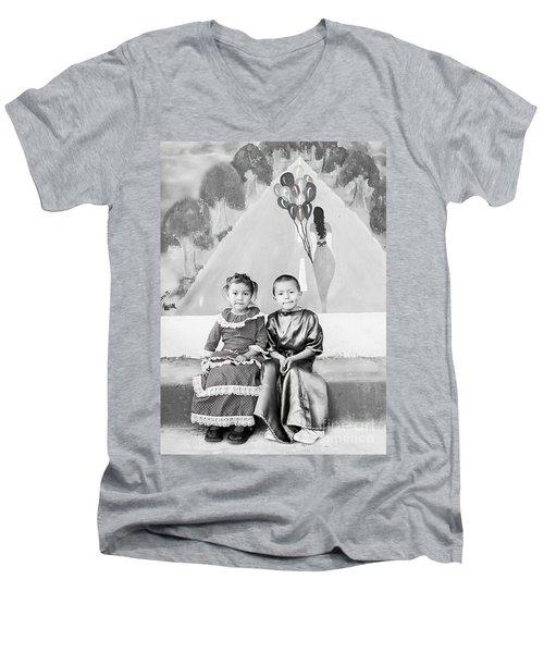 Men's V-Neck T-Shirt featuring the photograph Cuenca Kids 896 by Al Bourassa