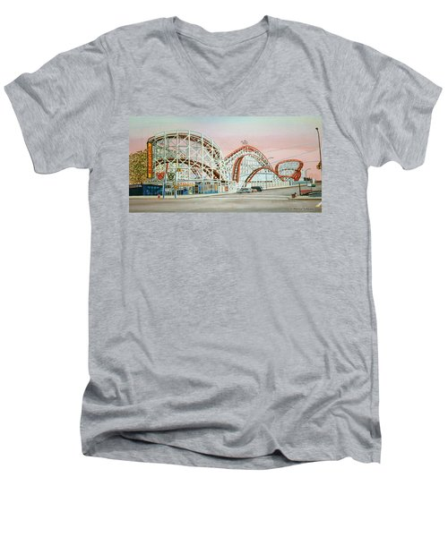 Cyclone Rollercoaster Coney Island, Ny Towel Version Men's V-Neck T-Shirt