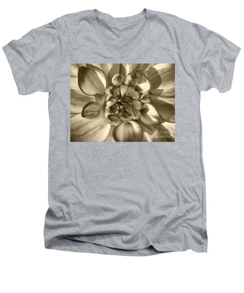 Dahlia Named Who Dun It Men's V-Neck T-Shirt