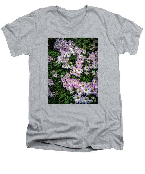 Daisy Patch Men's V-Neck T-Shirt
