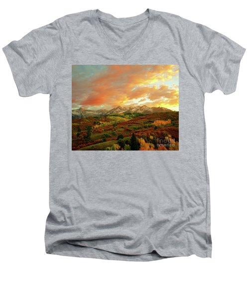 Dallas Divide Sunset Men's V-Neck T-Shirt