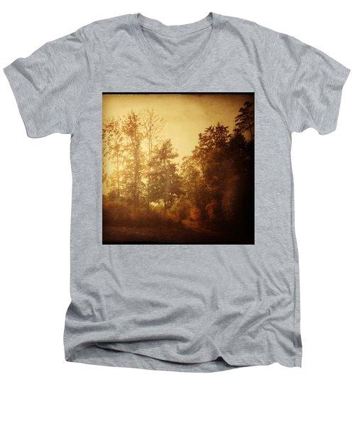 Damals.#herbst #nostalgie #autumn Men's V-Neck T-Shirt