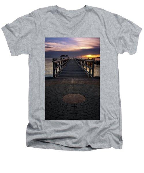 Davis Bay Pier Evening Light Men's V-Neck T-Shirt