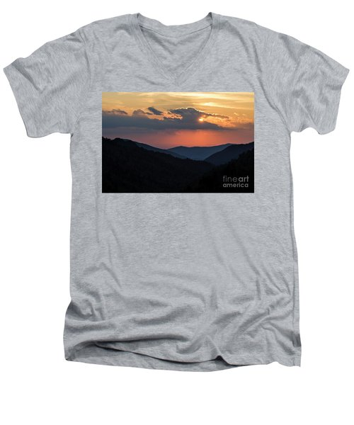 Men's V-Neck T-Shirt featuring the photograph Days End In The Smokies - D009928 by Daniel Dempster