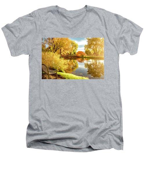 Days Last Rays Men's V-Neck T-Shirt