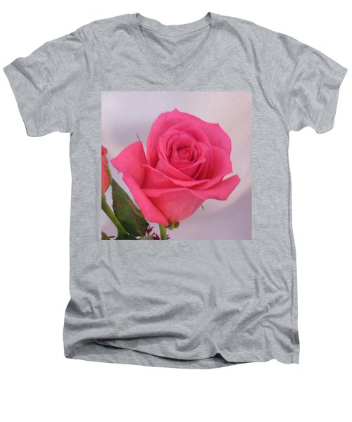 Single Deep Pink Rose Men's V-Neck T-Shirt