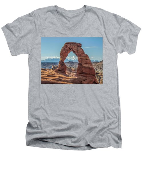 Delicate Arch In Early Morning Men's V-Neck T-Shirt