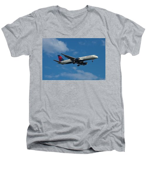 Delta Air Lines 757 Airplane N668dn Men's V-Neck T-Shirt