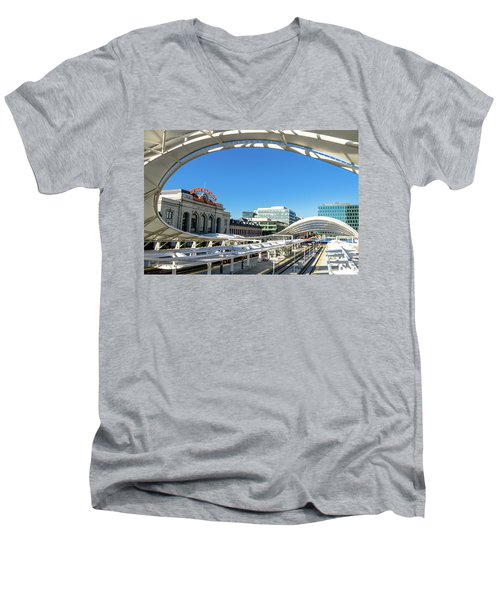Denver Co Union Station Men's V-Neck T-Shirt