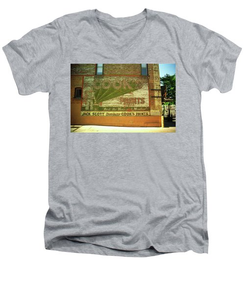 Men's V-Neck T-Shirt featuring the photograph Denver Ghost Mural by Frank Romeo