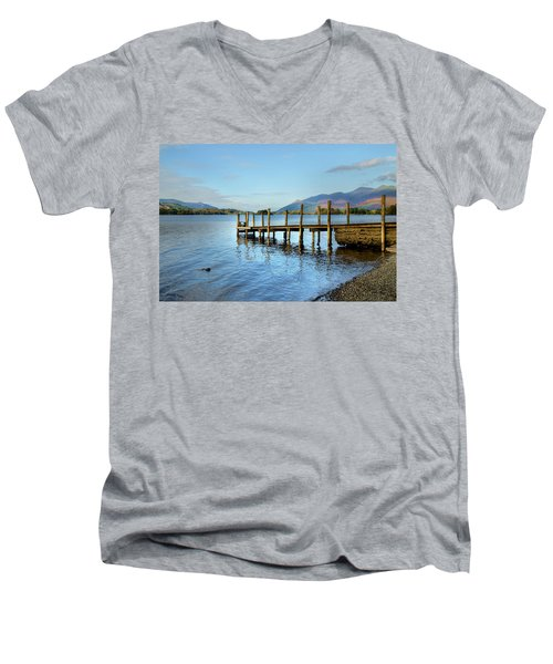 Derwent Water Pier Men's V-Neck T-Shirt