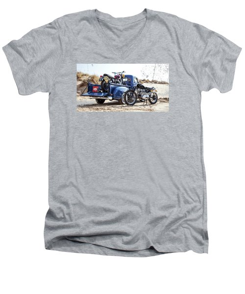 Desert Racing Men's V-Neck T-Shirt