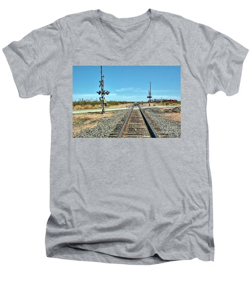 Desert Railway Crossing Men's V-Neck T-Shirt