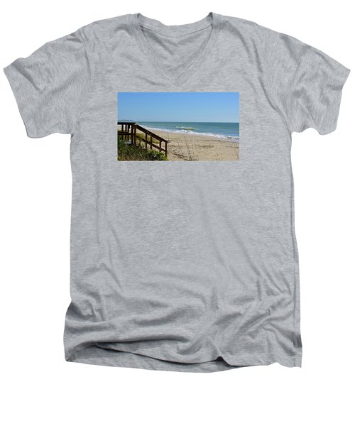 Deserted Men's V-Neck T-Shirt