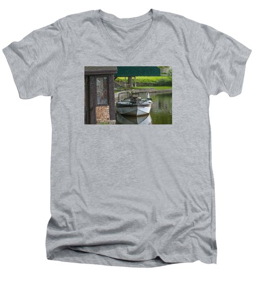 Docking Mayflies Men's V-Neck T-Shirt