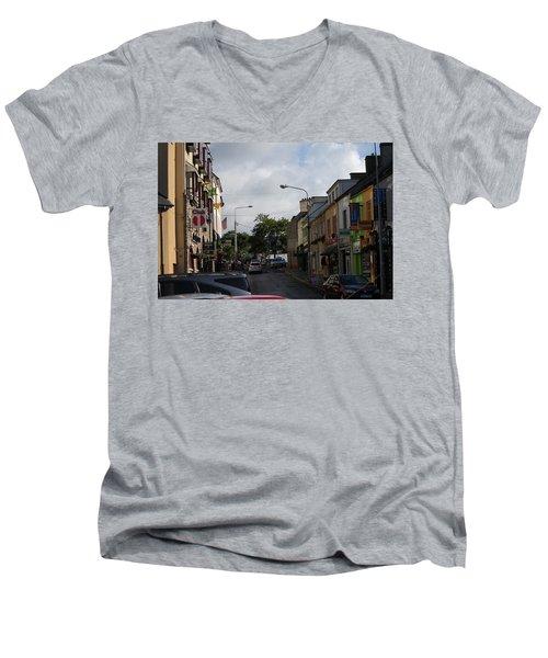 Donegal Town 4118 Men's V-Neck T-Shirt