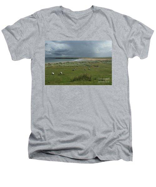 Doogh Beach Achill Men's V-Neck T-Shirt