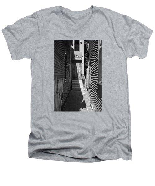 Door In An Alley Men's V-Neck T-Shirt