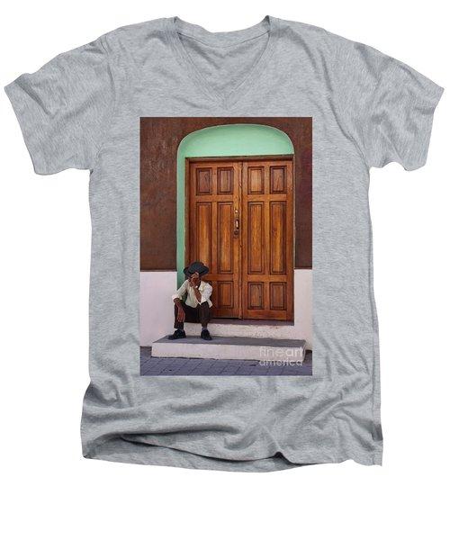 Door In Guatemala Men's V-Neck T-Shirt