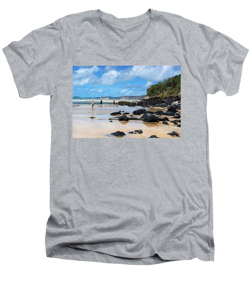 Double Island Point  Men's V-Neck T-Shirt
