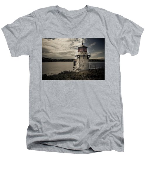Dramatic Mid-day Shot Of Squirrel Point Men's V-Neck T-Shirt