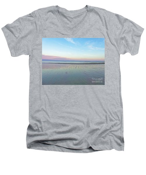 Dream In Color Men's V-Neck T-Shirt