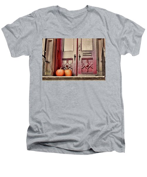 Dreamy Doors Men's V-Neck T-Shirt