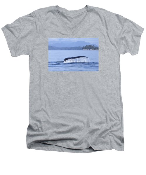 Dripping Whale Fluke Men's V-Neck T-Shirt