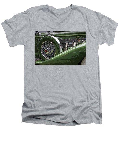 Men's V-Neck T-Shirt featuring the photograph Duesenberg by Jim Mathis