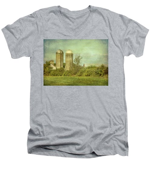 Duo Silos  Men's V-Neck T-Shirt